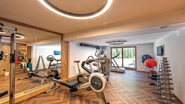 Fitnessraum hotel  Fitnessraum - Wellness im Zillertal - Alpinhotel Berghaus